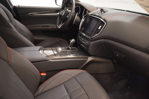 New 2018 Maserati Ghibli S Q4 GranSport for sale Sold at Rolls-Royce Motor Cars Greenwich in Greenwich CT 06830 19