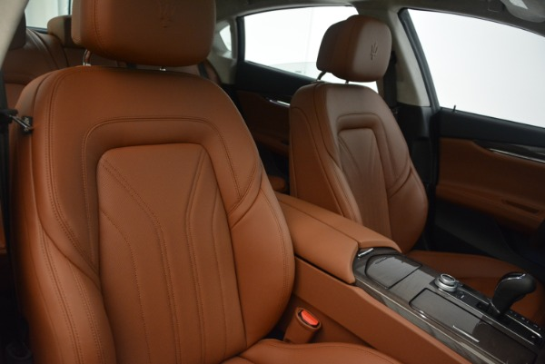 Used 2018 Maserati Quattroporte S Q4 GranLusso for sale Sold at Rolls-Royce Motor Cars Greenwich in Greenwich CT 06830 20
