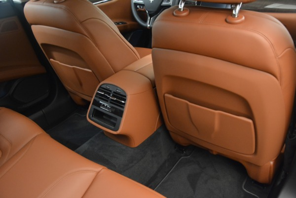 Used 2018 Maserati Quattroporte S Q4 GranLusso for sale Sold at Rolls-Royce Motor Cars Greenwich in Greenwich CT 06830 21