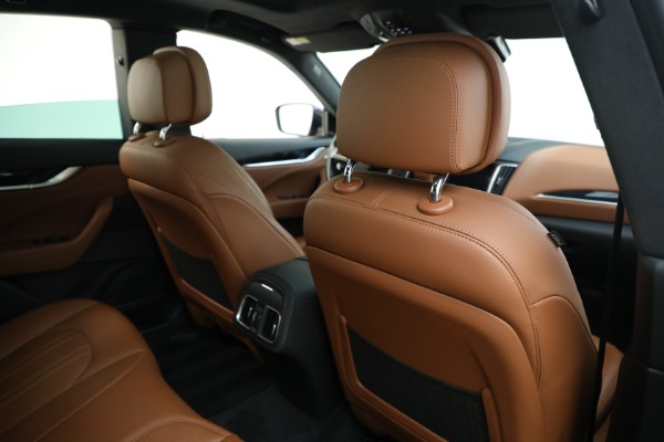 Used 2018 Maserati Levante Q4 for sale $57,900 at Rolls-Royce Motor Cars Greenwich in Greenwich CT 06830 26