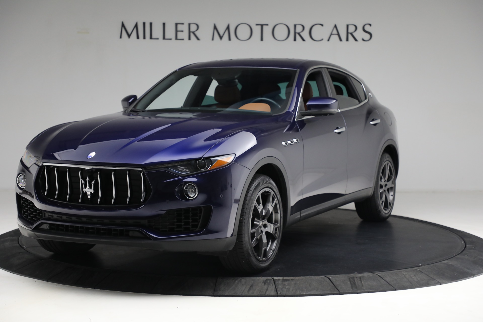 New 2018 Maserati Levante Q4 for sale Sold at Rolls-Royce Motor Cars Greenwich in Greenwich CT 06830 1