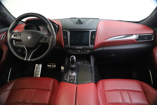 Used 2018 Maserati Levante S GranSport for sale $66,900 at Rolls-Royce Motor Cars Greenwich in Greenwich CT 06830 17