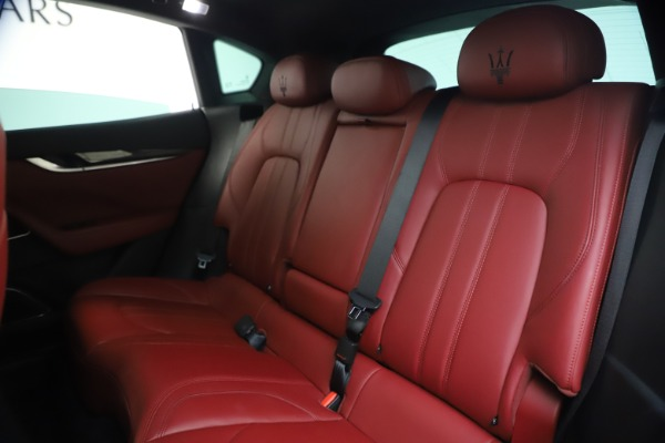 Used 2018 Maserati Levante S GranSport for sale $66,900 at Rolls-Royce Motor Cars Greenwich in Greenwich CT 06830 19