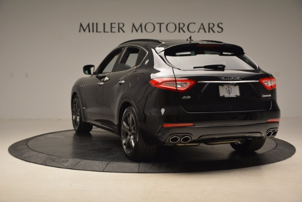 New 2018 Maserati Levante Q4 GranSport for sale Sold at Rolls-Royce Motor Cars Greenwich in Greenwich CT 06830 5