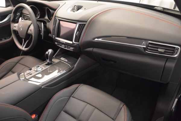 New 2018 Maserati Levante S Q4 GRANSPORT for sale Sold at Rolls-Royce Motor Cars Greenwich in Greenwich CT 06830 19