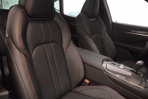New 2018 Maserati Levante S Q4 GRANSPORT for sale Sold at Rolls-Royce Motor Cars Greenwich in Greenwich CT 06830 21