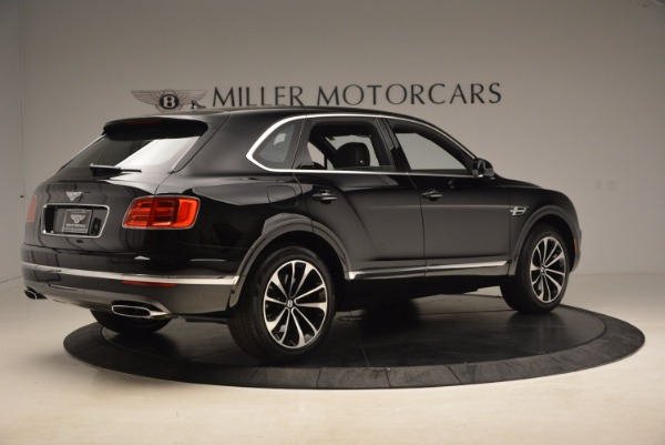 Used 2018 Bentley Bentayga Onyx Edition for sale $139,900 at Rolls-Royce Motor Cars Greenwich in Greenwich CT 06830 10