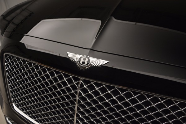 Used 2018 Bentley Bentayga Onyx Edition for sale $139,900 at Rolls-Royce Motor Cars Greenwich in Greenwich CT 06830 16
