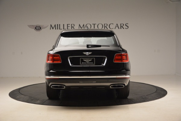 Used 2018 Bentley Bentayga Onyx Edition for sale $139,900 at Rolls-Royce Motor Cars Greenwich in Greenwich CT 06830 7