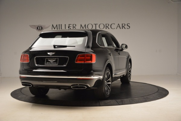 Used 2018 Bentley Bentayga Onyx Edition for sale $139,900 at Rolls-Royce Motor Cars Greenwich in Greenwich CT 06830 8
