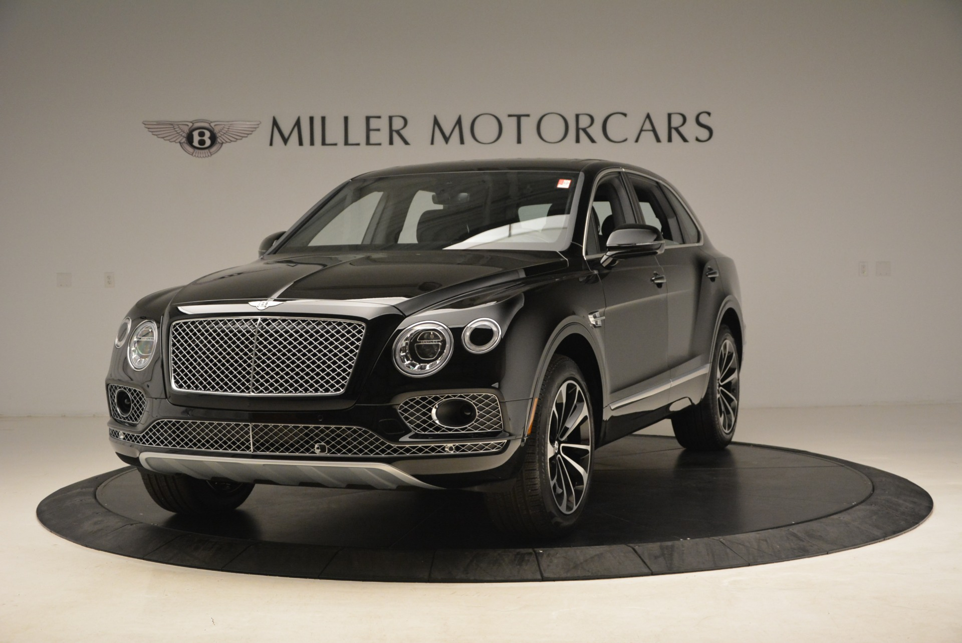 Used 2018 Bentley Bentayga Onyx Edition for sale $139,900 at Rolls-Royce Motor Cars Greenwich in Greenwich CT 06830 1