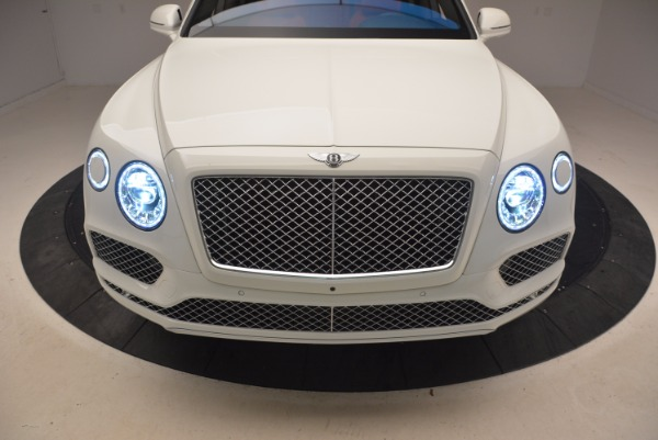 Used 2018 Bentley Bentayga Signature for sale Sold at Rolls-Royce Motor Cars Greenwich in Greenwich CT 06830 17