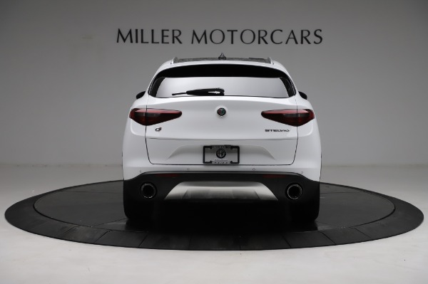 Used 2018 Alfa Romeo Stelvio Q4 for sale Sold at Rolls-Royce Motor Cars Greenwich in Greenwich CT 06830 7
