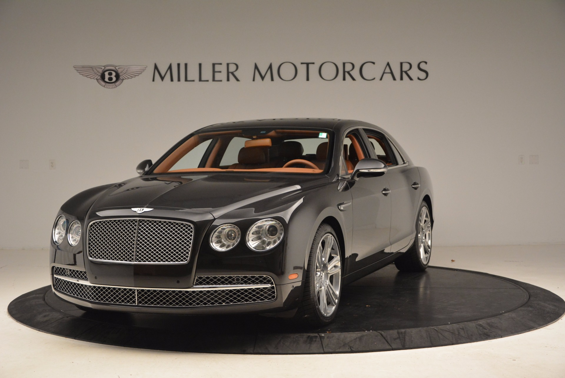 Used 2014 Bentley Flying Spur W12 for sale Sold at Rolls-Royce Motor Cars Greenwich in Greenwich CT 06830 1