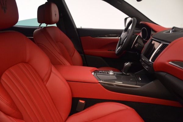 New 2018 Maserati Levante S Q4 GranLusso for sale Sold at Rolls-Royce Motor Cars Greenwich in Greenwich CT 06830 22