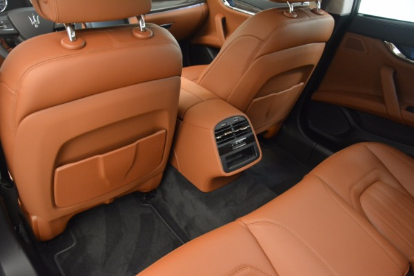 New 2018 Maserati Quattroporte S Q4 GranLusso for sale Sold at Rolls-Royce Motor Cars Greenwich in Greenwich CT 06830 16
