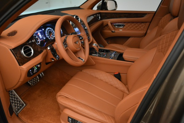 New 2018 Bentley Bentayga Signature for sale Sold at Rolls-Royce Motor Cars Greenwich in Greenwich CT 06830 19
