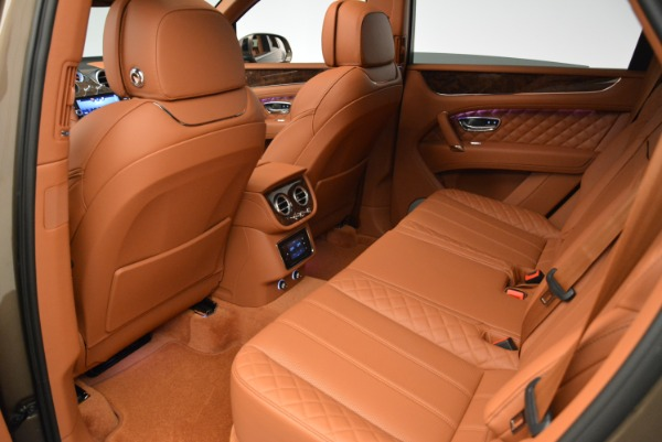 Used 2018 Bentley Bentayga W12 Signature for sale $159,900 at Rolls-Royce Motor Cars Greenwich in Greenwich CT 06830 23