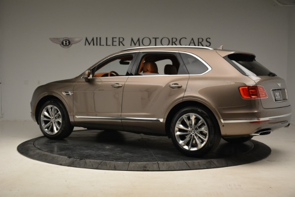 Used 2018 Bentley Bentayga W12 Signature for sale $159,900 at Rolls-Royce Motor Cars Greenwich in Greenwich CT 06830 4