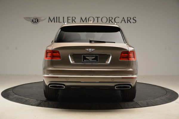 Used 2018 Bentley Bentayga W12 Signature for sale $159,900 at Rolls-Royce Motor Cars Greenwich in Greenwich CT 06830 6