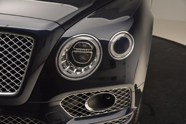 Used 2018 Bentley Bentayga W12 Signature for sale Call for price at Rolls-Royce Motor Cars Greenwich in Greenwich CT 06830 15