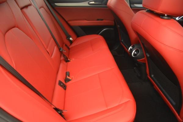 New 2018 Alfa Romeo Stelvio Sport Q4 for sale Sold at Rolls-Royce Motor Cars Greenwich in Greenwich CT 06830 23