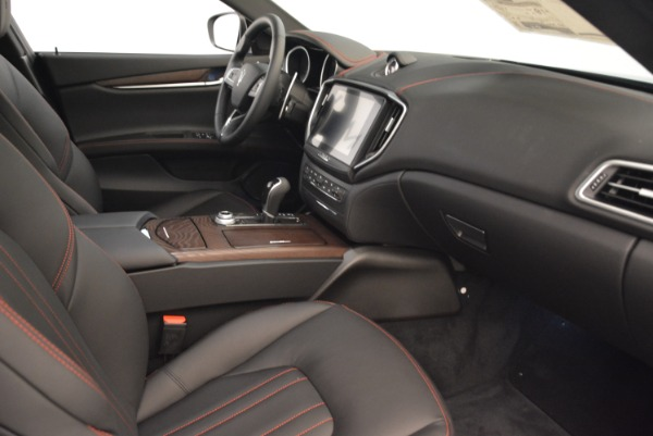 Used 2018 Maserati Ghibli S Q4 for sale $55,900 at Rolls-Royce Motor Cars Greenwich in Greenwich CT 06830 20
