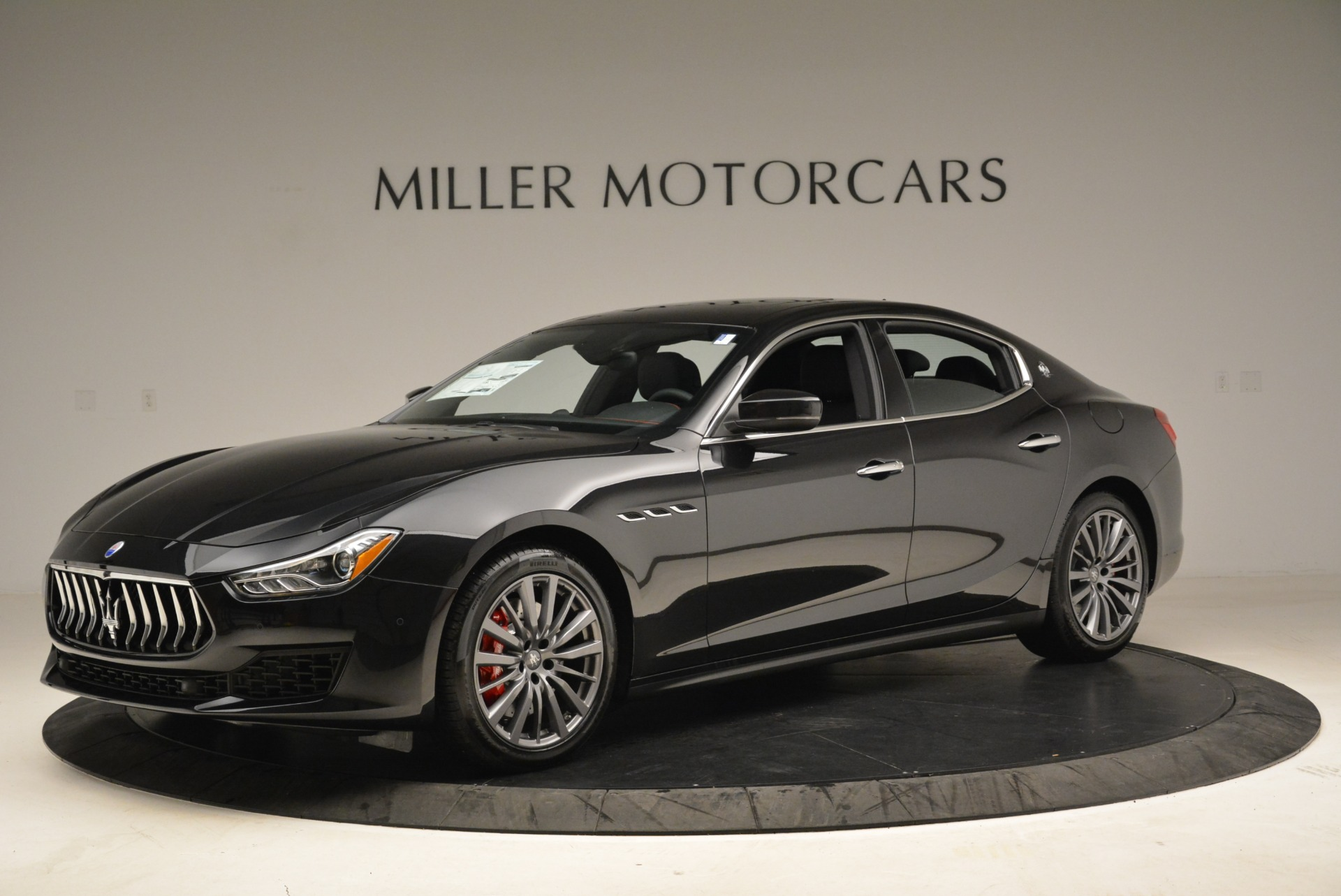 Used 2018 Maserati Ghibli S Q4 for sale $55,900 at Rolls-Royce Motor Cars Greenwich in Greenwich CT 06830 1