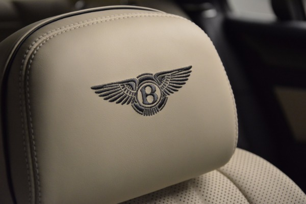 Used 2017 Bentley Flying Spur V8 for sale Call for price at Rolls-Royce Motor Cars Greenwich in Greenwich CT 06830 20