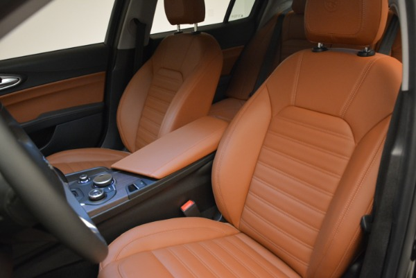New 2018 Alfa Romeo Giulia Ti Lusso Q4 for sale Sold at Rolls-Royce Motor Cars Greenwich in Greenwich CT 06830 16