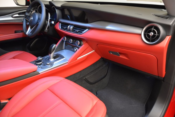 New 2018 Alfa Romeo Stelvio Sport Q4 for sale Sold at Rolls-Royce Motor Cars Greenwich in Greenwich CT 06830 19