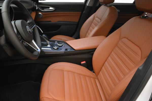 New 2018 Alfa Romeo Giulia Ti Lusso Q4 for sale Sold at Rolls-Royce Motor Cars Greenwich in Greenwich CT 06830 14
