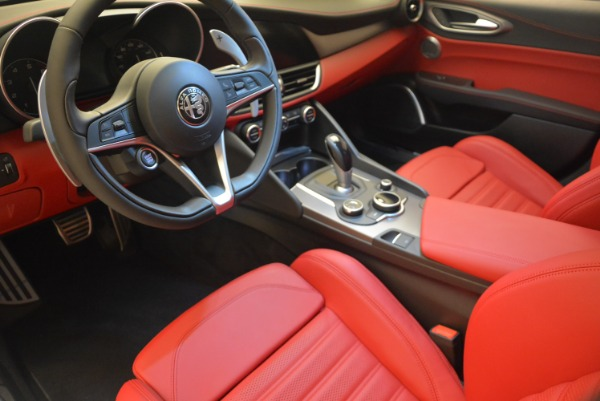 New 2018 Alfa Romeo Giulia Sport Q4 for sale Sold at Rolls-Royce Motor Cars Greenwich in Greenwich CT 06830 16