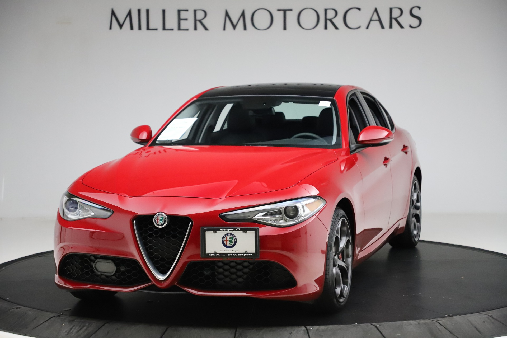 Used 2018 Alfa Romeo Giulia Ti Sport Q4 for sale Sold at Rolls-Royce Motor Cars Greenwich in Greenwich CT 06830 1
