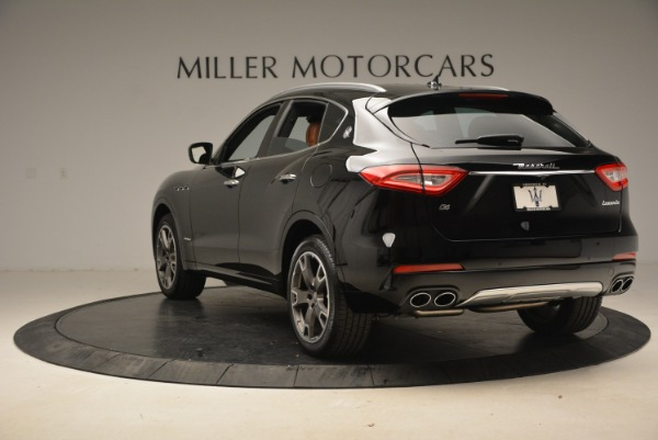 New 2018 Maserati Levante Q4 GranLusso for sale Sold at Rolls-Royce Motor Cars Greenwich in Greenwich CT 06830 5