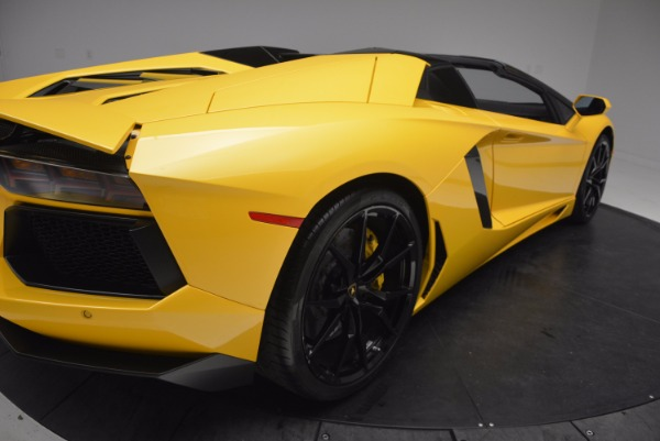 Used 2015 Lamborghini Aventador LP 700-4 Roadster for sale Sold at Rolls-Royce Motor Cars Greenwich in Greenwich CT 06830 20