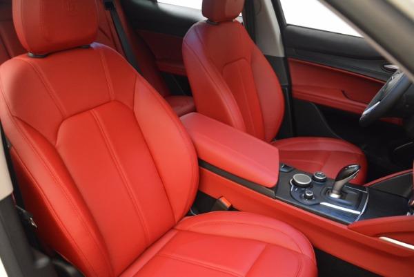 New 2018 Alfa Romeo Stelvio Ti Q4 for sale Sold at Rolls-Royce Motor Cars Greenwich in Greenwich CT 06830 17