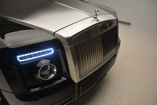 Used 2009 Rolls-Royce Phantom Drophead Coupe for sale Sold at Rolls-Royce Motor Cars Greenwich in Greenwich CT 06830 27