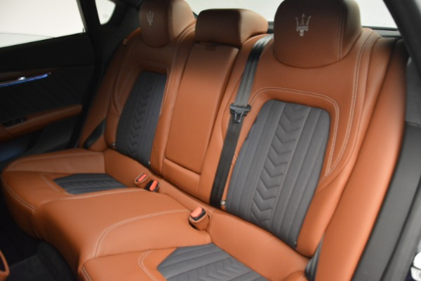 New 2018 Maserati Quattroporte S Q4 GranLusso for sale Sold at Rolls-Royce Motor Cars Greenwich in Greenwich CT 06830 19