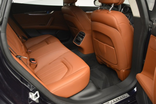New 2018 Maserati Quattroporte S Q4 GranLusso for sale Sold at Rolls-Royce Motor Cars Greenwich in Greenwich CT 06830 23