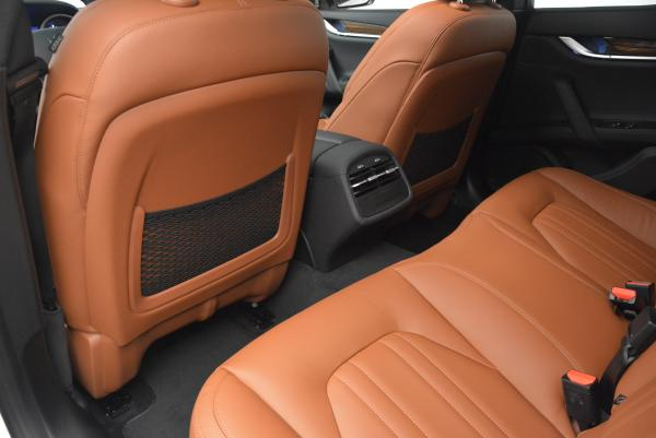 Used 2016 Maserati Ghibli S Q4 for sale Sold at Rolls-Royce Motor Cars Greenwich in Greenwich CT 06830 17