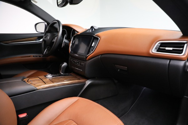 Used 2018 Maserati Ghibli S Q4 for sale Sold at Rolls-Royce Motor Cars Greenwich in Greenwich CT 06830 19
