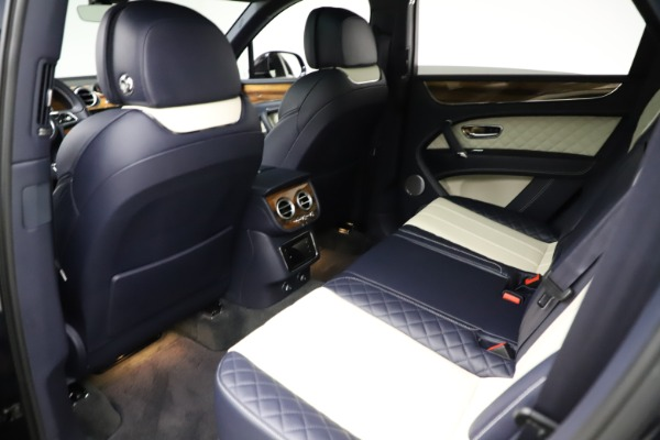 Used 2018 Bentley Bentayga W12 Signature for sale $154,900 at Rolls-Royce Motor Cars Greenwich in Greenwich CT 06830 22