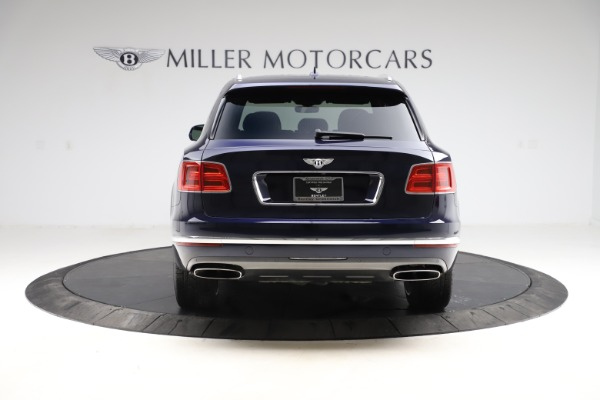 Used 2018 Bentley Bentayga Signature for sale $154,900 at Rolls-Royce Motor Cars Greenwich in Greenwich CT 06830 7