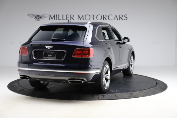 Used 2018 Bentley Bentayga Signature for sale $154,900 at Rolls-Royce Motor Cars Greenwich in Greenwich CT 06830 8