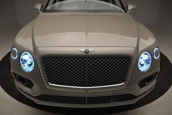 New 2018 Bentley Bentayga Signature for sale Sold at Rolls-Royce Motor Cars Greenwich in Greenwich CT 06830 14