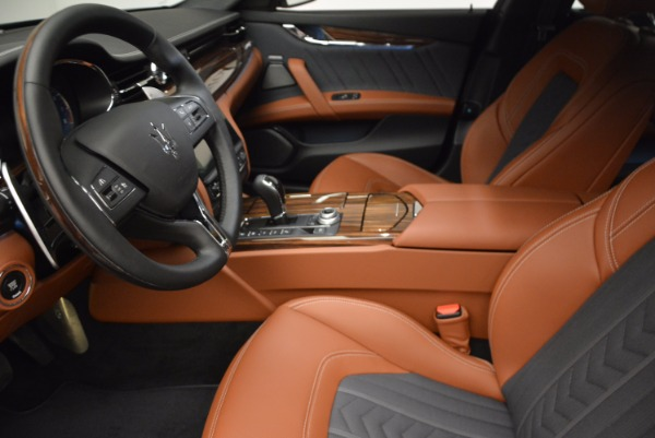New 2018 Maserati Quattroporte S Q4 GranLusso for sale Sold at Rolls-Royce Motor Cars Greenwich in Greenwich CT 06830 24