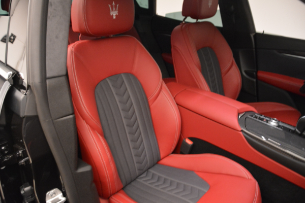 New 2018 Maserati Levante Q4 GranLusso for sale Sold at Rolls-Royce Motor Cars Greenwich in Greenwich CT 06830 22