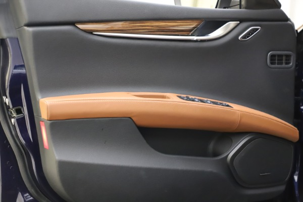 Used 2018 Maserati Ghibli S Q4 for sale Sold at Rolls-Royce Motor Cars Greenwich in Greenwich CT 06830 17