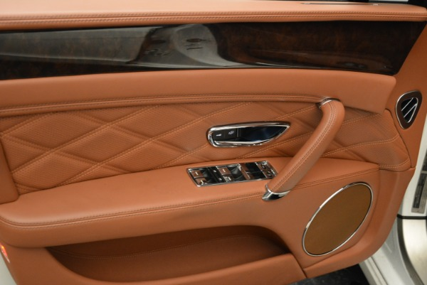 Used 2014 Bentley Flying Spur W12 for sale Sold at Rolls-Royce Motor Cars Greenwich in Greenwich CT 06830 21